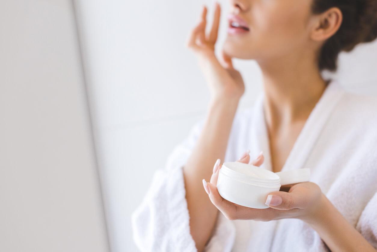Skin Whitening Treatment: Best Alternatives for Skin Whitening Treatment
